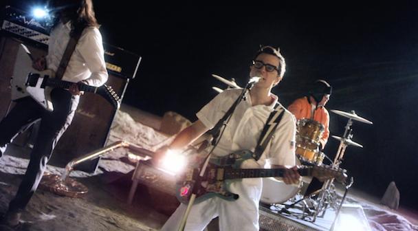 weezer-back-shack-video