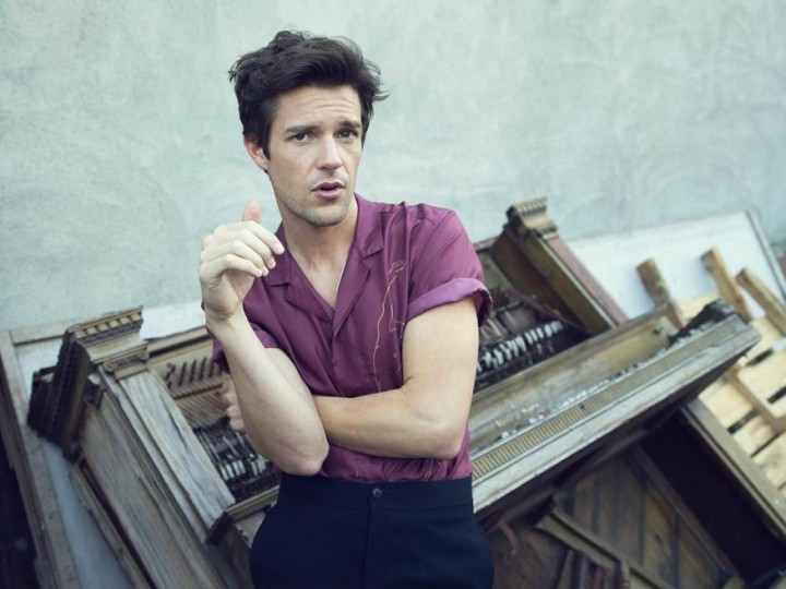 Brandon-Flowers-Press-Photo-720x540