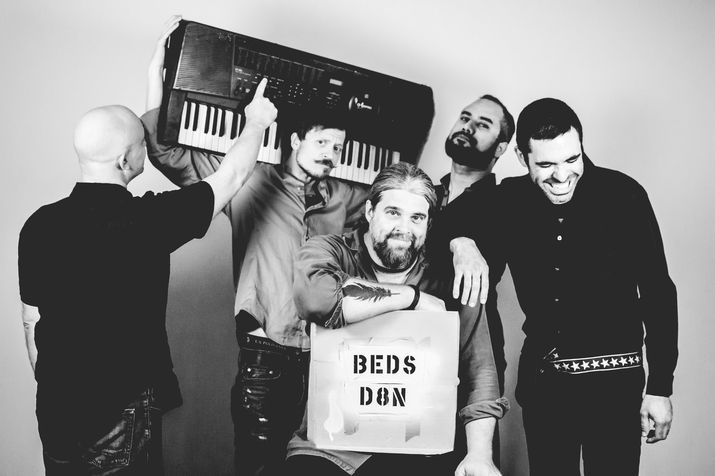 motel-beds-pic