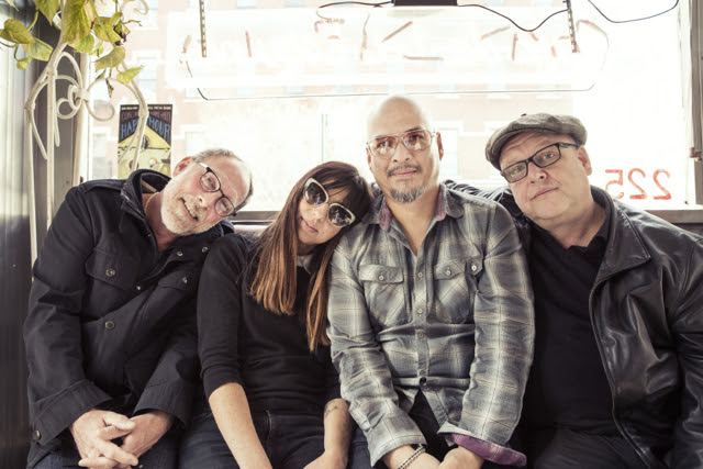 L-R:  David Lovering, Paz Lenchantin, Joey Santiago, Black Francis