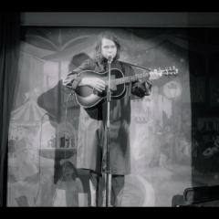 """Kevin Morby – """"Downtown's Lights"""" [Video]"""