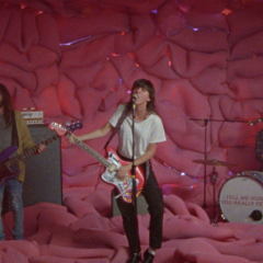 "Courtney Barnett – ""Everybody Here Hates You"" [Video]"